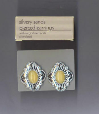 Vintage-Avon-Silvery-Sands-Pierced-Earrings-Cream, New in box