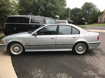 1998 BMW 5-Series Sport Package 1998 BMW 528i No Reserve Sport Package Rare 5 speed