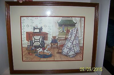 Wilma B Vincent Sewing / Singer Treadle 1987  1453-1500 Sewing Machine Quilts