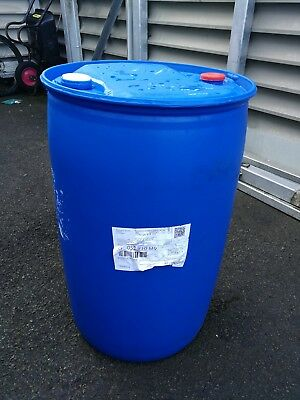 Cheap Empty 200 Liters Blue Plastic Drum Barrel (Previously Filled With Ad-Blue)