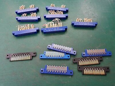 17 pin PCB Edge Connector With Male Sockets 7pcs Male And Female Souriau EX MOD