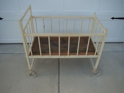 Vintage Antique Wooden BABY CRIB with Wheels BABY Bed / Crib
