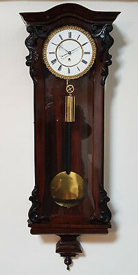 A fine quality Biedermeier Vienna wall clock in Rosewood - Beautiful Timepiece