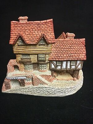 """David Winter Cottages """"Market Street"""" 1980 From the Main Collection EUC"""
