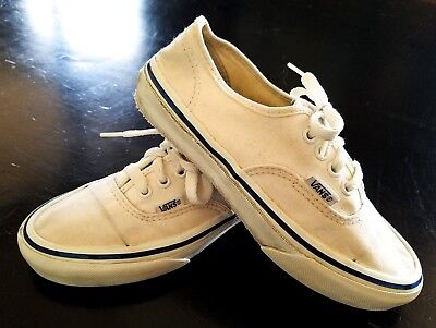 VTG VANS SNEAKERS SHOES, MADE in USA WHITE W/ BLUE STRIPE, SZ 6/6.5