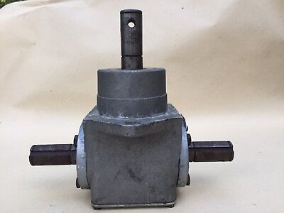 Peerless Right Angle Gearbox With 3 Keyed Shafts 1:1
