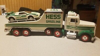 VINTAGE 1988 HESS GASOLINE TOY TRUCK WITH RACER CAR! Tires Have Damage!