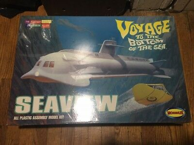 Vintage The Seaview Voyage To The Bottom Of The Sea Model Kit Moebius