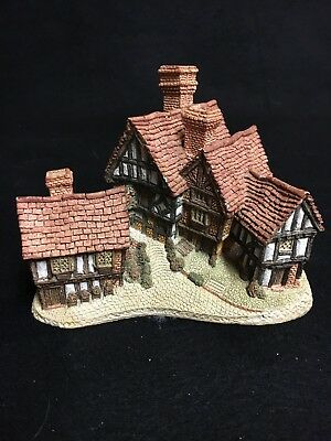 """David Winter Cottages """"Stratford House"""" 1981 From The Main Collection"""
