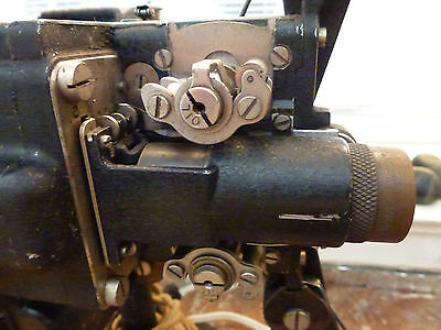 Vintage 1925 early Bell & Howell filmo 16mm projector (pre model M)