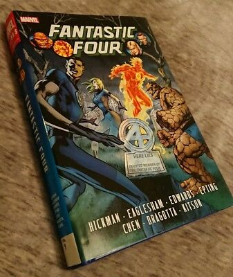 Fantastic Four Vol 1 - Marvel omnibus Hickman - Extremely RARE!! OOP hardcover