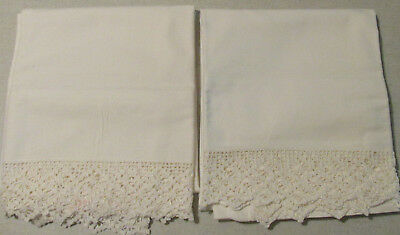 """Vintage Pair Of Pillowcases White Fancy Crocheted 2"""" Trim Exquisite"""