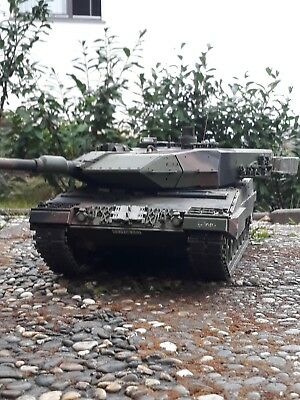 Tamiya RC Panzer Leopard 2 A6 Full Option 300056020 1:16