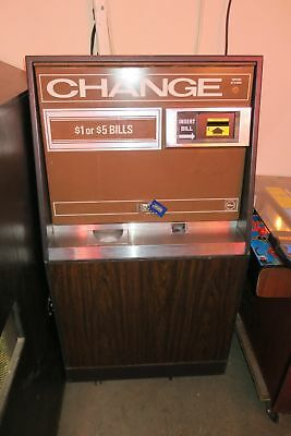Rowe BC-25 Bill Changer With Mars Bill Acceptor. Coins or Tokens. Works Great
