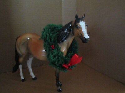 Peter Stone Ideal Stock Horse #SR2000 Holiday Horse Glossy Dapple Bay/Wreath EXC