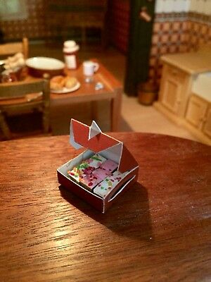 1:12 Scale Dolls House  Box Of Small  Cakes