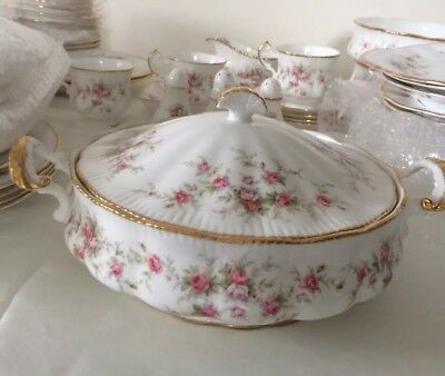 Paragon Victoriana Rose Covered Serving Dish