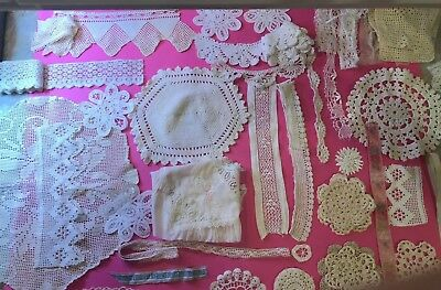 Antique crochet trimmings, edgings, doilies, lace, white and off white