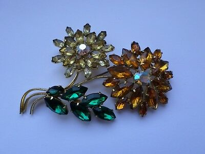 Large vintage floral glass brooch 9 cm x 7 cm