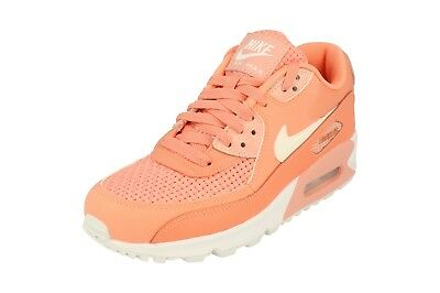 promo code 514bc fd961 Nike Air Max 90 Soi Baskets de Course pour Femmes 881105 Baskets 604