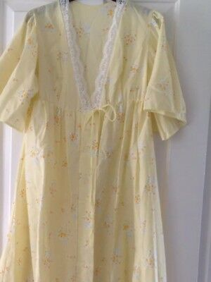 Vintage 70s Long Yellow Floral Flower Dressing Gown Size 10