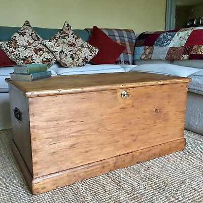 ANTIQUE PINE CHEST Victorian Blanket CHEST Coffee Table TRUNK Old Wooden BOX Key