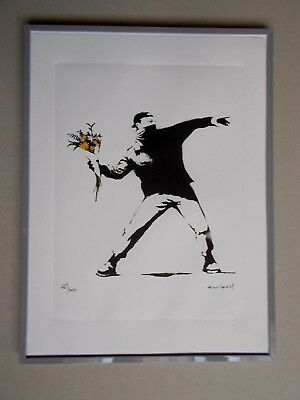 """Lithographie ,  Banksy  """" Love is in .. """"  , Tirage 300 Ex , Street Art Graffiti"""