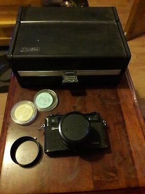 Yashica electro 35 with original carry case and accessories