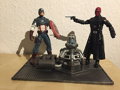 Marvel Select Actionfiguren Captain America und Red Skull mit Base