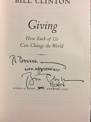 """President Bill Clinton autographed """" Giving """" book signed  see all photos"""