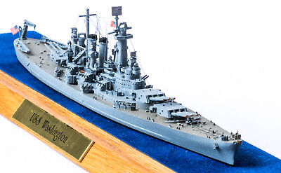 Spider Navy / Navis Neptun Battleship USS Washington 1:1250 Getakelt in Vitrine