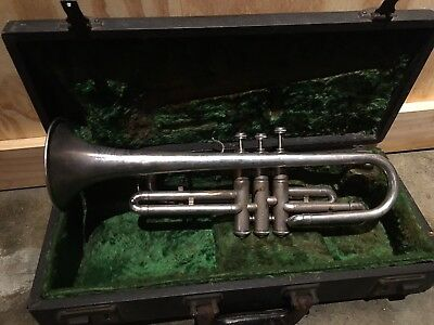 Stratton Mercury Vintage Silver Trumpet: Includes Mouthpiece And Case