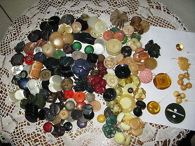 Vintage Sewing Supplies Collectible Buttons 3 Pound Lot Bakelite Celluloid Glass