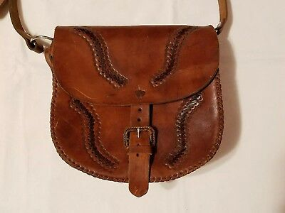 VINTAGE Western Americana Apparel Hand Tooled Leather Saddle Cross Body Purse