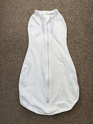 Woombie Air (0-3 months, 5-13lbs) Baby Swaddle Excellent Condition