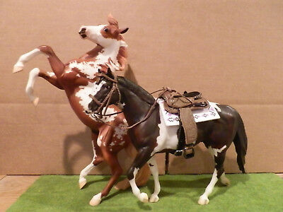 Breyer Hildago & Chocolate Chip Kisses with tack lot
