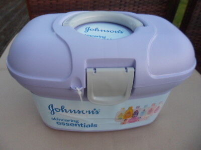 JOHNSONS SKINCARING ESSENTIALS Box 8 Pack - Baby Complete Care