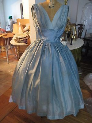 1950's DRESDEN BLUE ORGANZA FORMAL GOWN SIZE 5