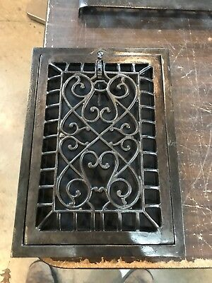 D 34 Antique Swirly Design Cast-Iron Heating Grade Restored 10 X 13 7/8