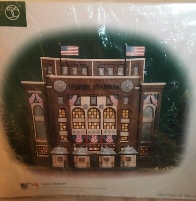 YANKEE STADIUM Dept 56 Christmas in the City Series Lighted Building NIB