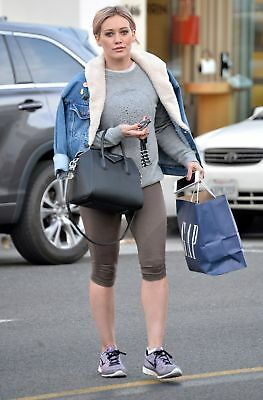 Hilary Duff With Jacket On The Shoulders 8x10 Photo Print