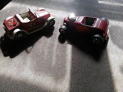 VINTAGE 1960'S NYLINT PRESSED STEEL TOY ROADSTER CAR RUMBLE SEAT PAiR