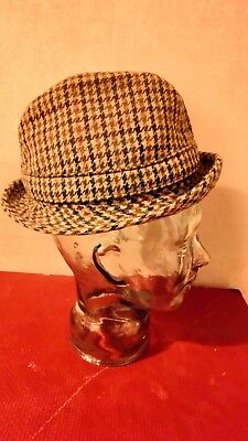 Vintage mens trilby hat/ dogtooth tweed /small