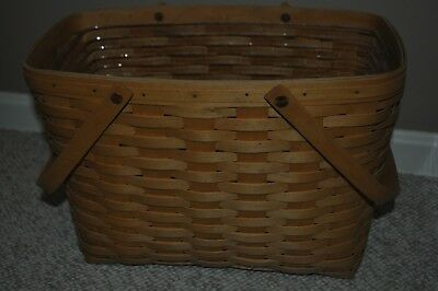 2002 Longaberger Magazine Basket w/Swinging Handles and Protector