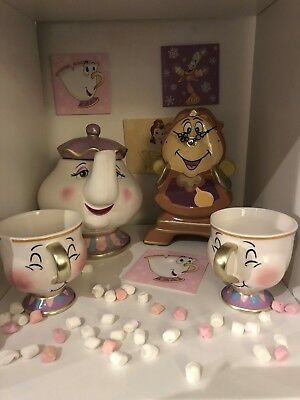 Primark Disney beauty and the beast set Cogsworth, Mrs Potts and 2pcs chip mugs!