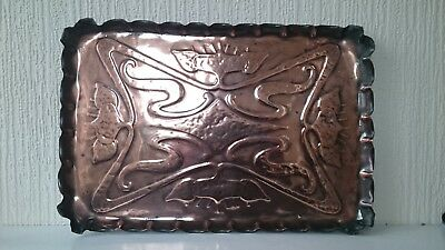 ARTS & CRAFTS ART NOUVEAU EMBOSSED COPPER TRAY, with pie crust raised edge
