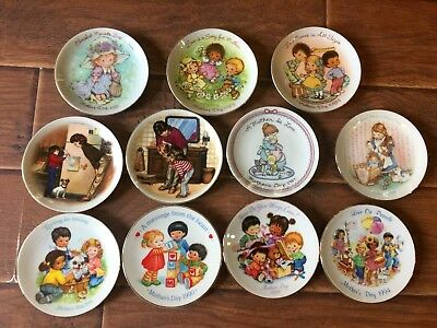 Avon Vintage Mother's Day Collectible Plates Mixed Lot Of 11 1981-1994