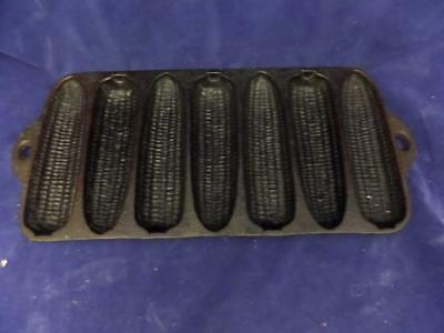 Vintage Wagner Ware Cast Iron 7-Cob Corn Stick Muffin Bread Pan C Made in USA A2