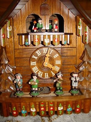 Vintage large 8 day Oompah band musical cuckoo clock