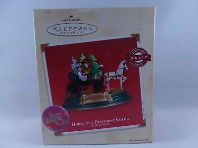 2002 Hallmark The Wizard of Oz Horse of a Different Color Ornament NIB
